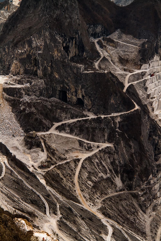 carrara marble caves
