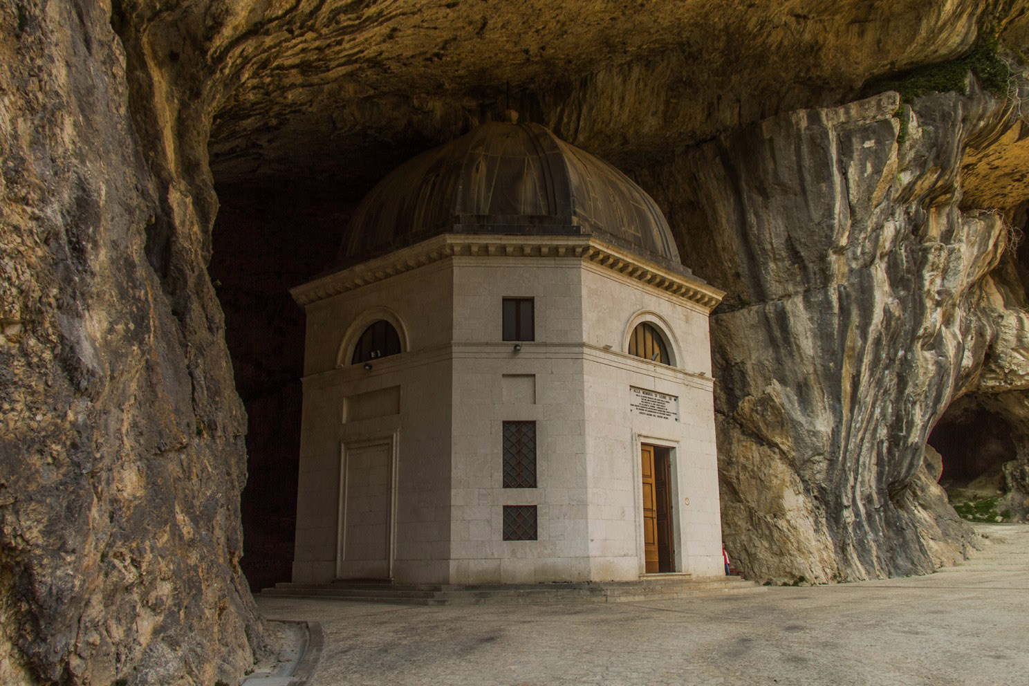 Temple of Valadier