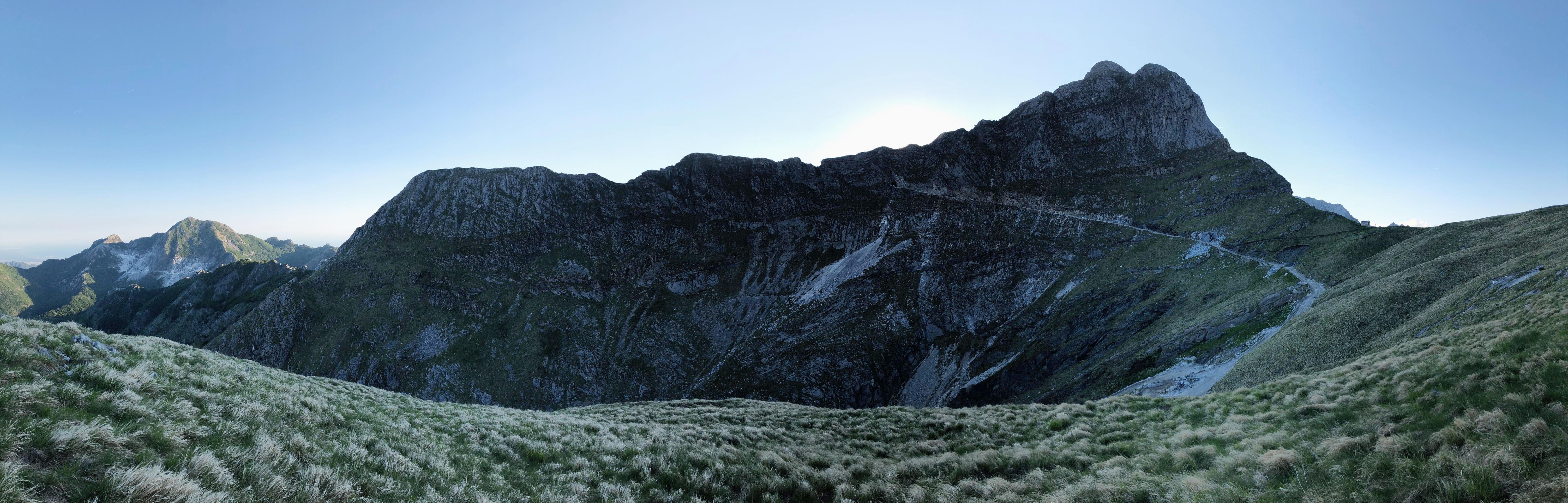 Apuan Alps Passo Sella Hike