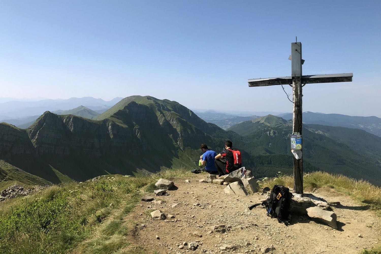 Monte Rondinaio Summit Summer Hike