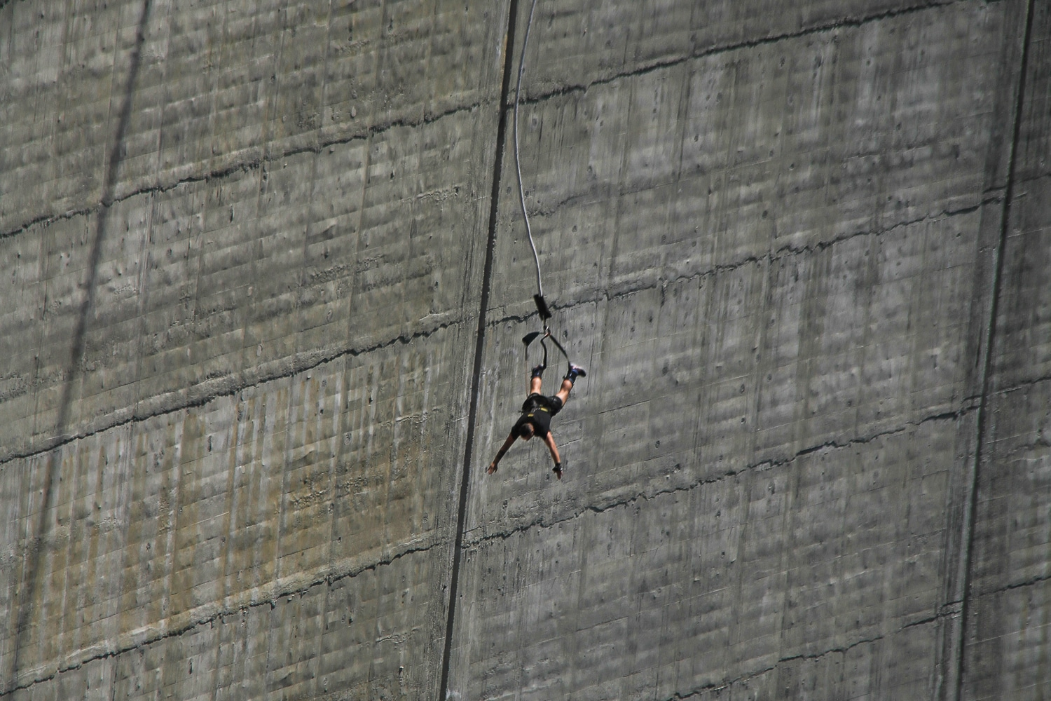 Verzasca Dam 007 Bungee Jump James Bond GoldenEye