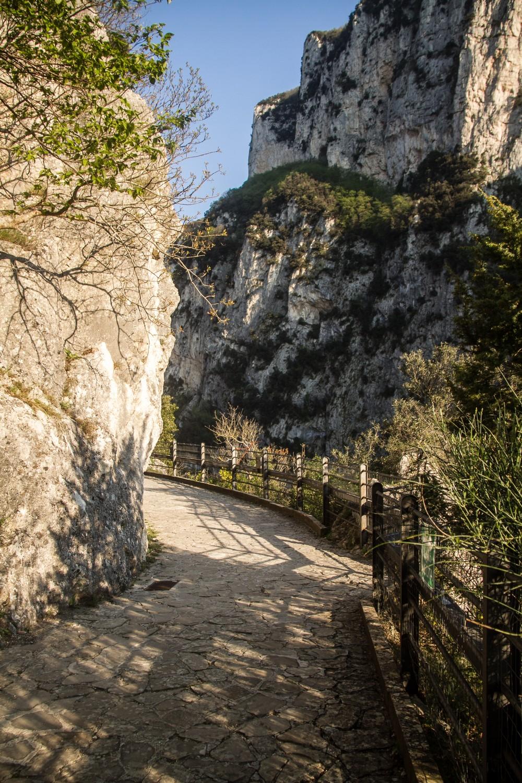 Temple of Valadier walkway